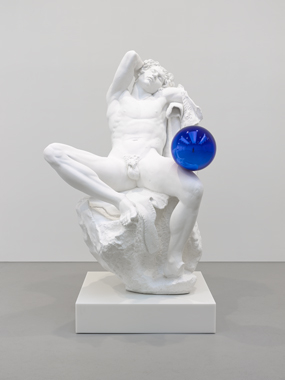 gazing-ball-barberini-faun-jeff-koons